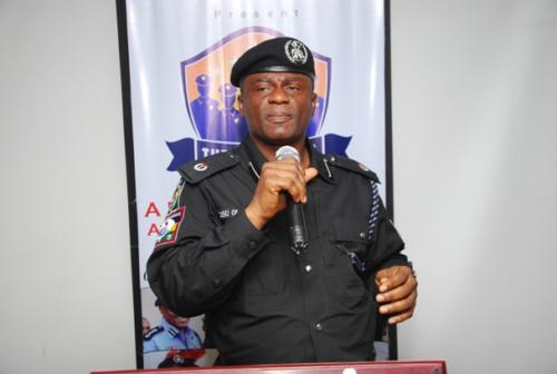 DCP Olatunji Disu addressing officers during the training