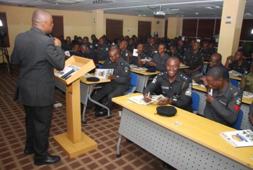 Mister Motivator addresing officers during the training
